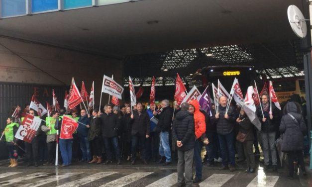 Movilizaciones de trabajadores de transportes de viajeros y mercancías por carretera de Burgos en defensa de su convenio